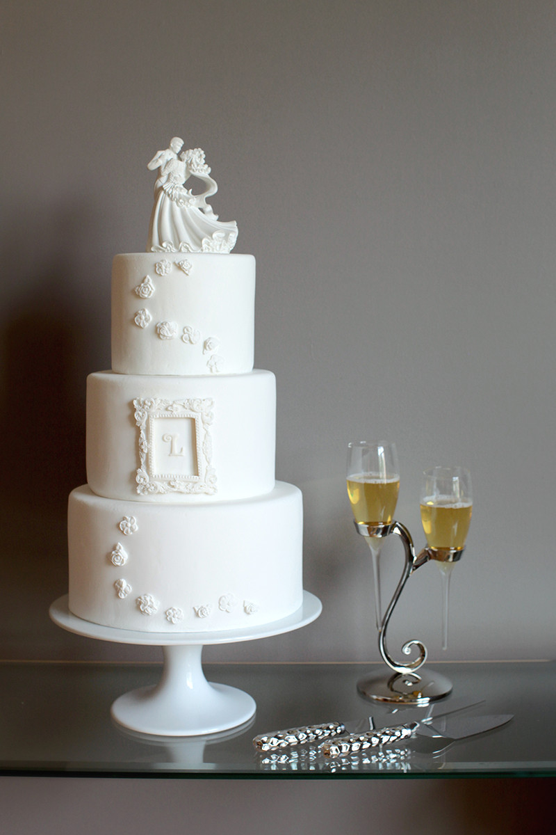 PEN Wedding Cake