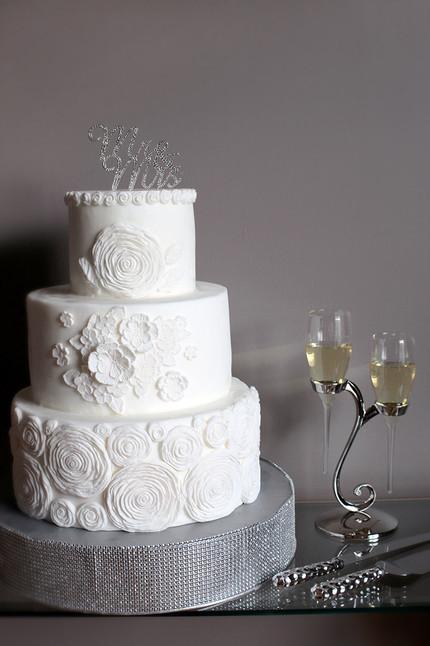 LIL Wedding Cake