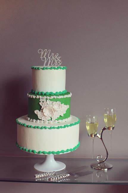 TIA Wedding Cake