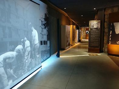 מיצב וידאו במוזיאון גבעת התחמושת