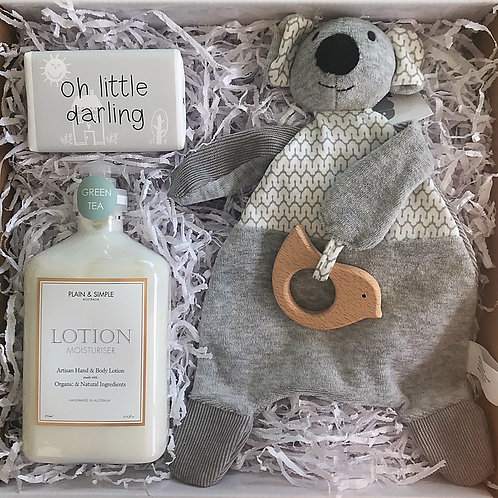 Baby shower gift hampers
