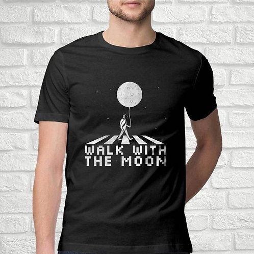Walk With The Moon Men's T-Shirt
