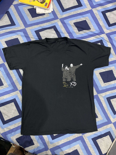 Black T-Shirt of Hamza.JPG