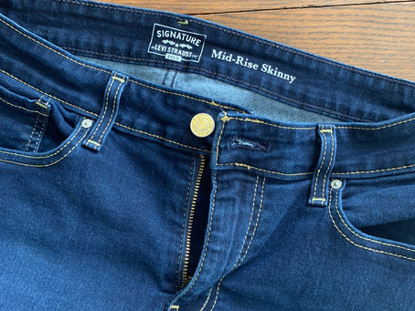 Amazon Fashion Find: Mom Jeans