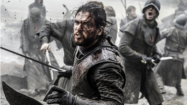 Jon Snow fighting during The Battle of the Bastards, Game of Thrones, HBO