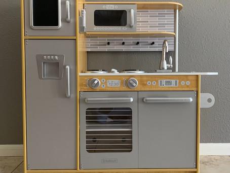 Favorite Toys: Play Kitchen