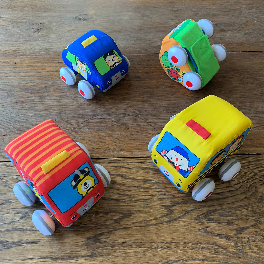 pull back toys, wind up toys, cars, trucks, vehicles, melissa, doug, melissa and doug