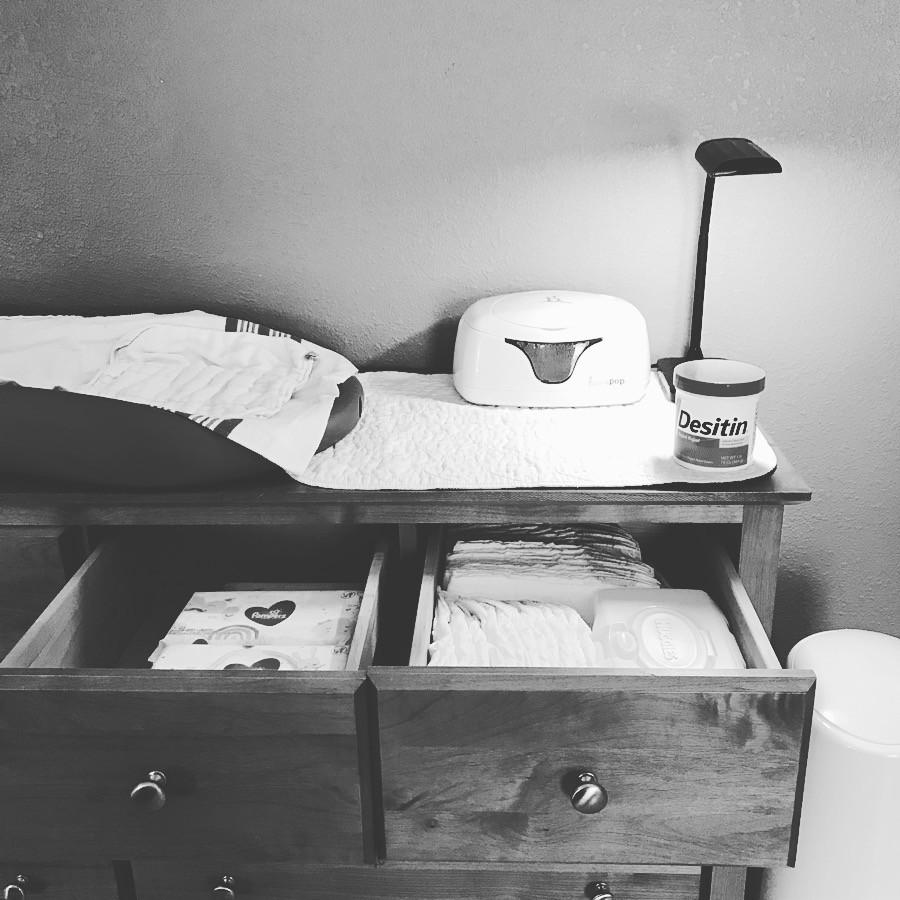 taotronics, desk lamp, nursery lamp, nursery decor, diaper, changing station