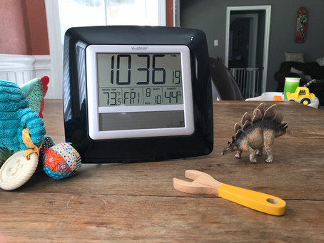 Clock with Thermometer for Baby's Room