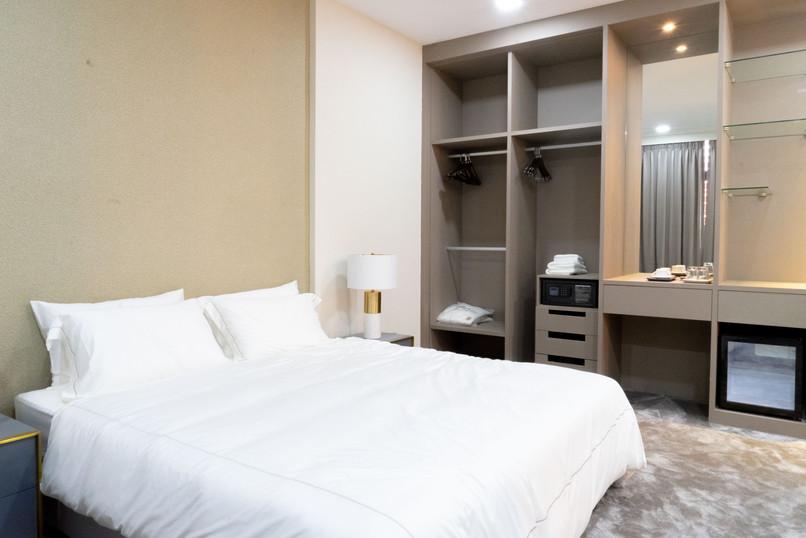 Hotel Room Mockup