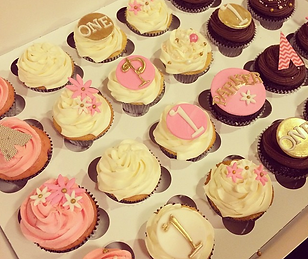 couple birthday cupcakes