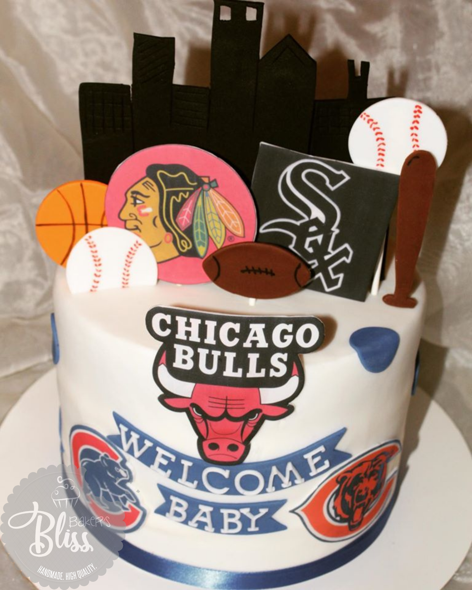 Chicago themed babyshower cake