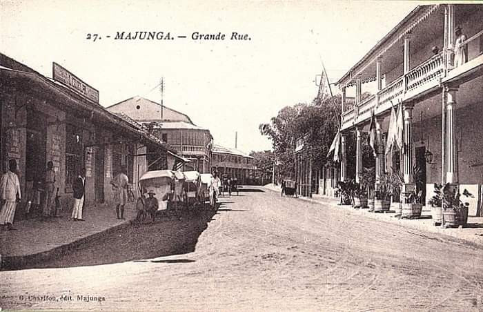 very old picture of Mahajanga, at this time it was Majunga, and under colonisation