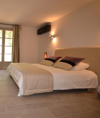 Chambre 3 (lit en 160) - Rez de chaussée
