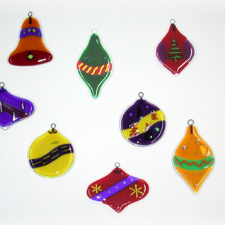 8Christmasornaments.jpg