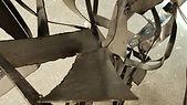 Détail sculpture métal mnl