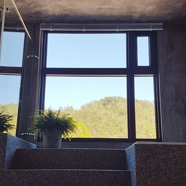 稍稍坐了一下,感謝這美好天氣  #勺光188 #童年 #日月潭