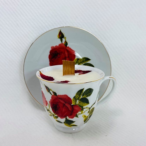 grosse tasse de fantaisie a la rose
