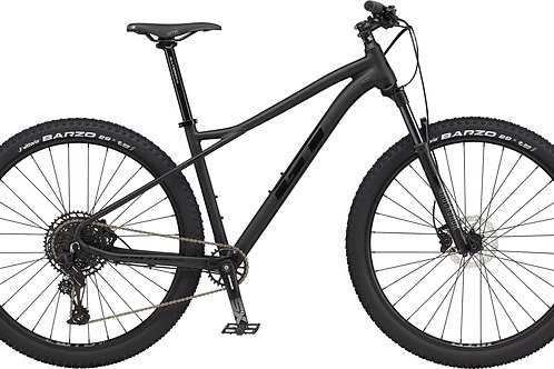 GT Avalanche Expert Black Hardtail Mountain Bike 2021
