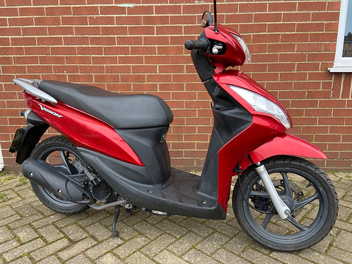 Honda Vision NSC110 Scooter 2015 Red