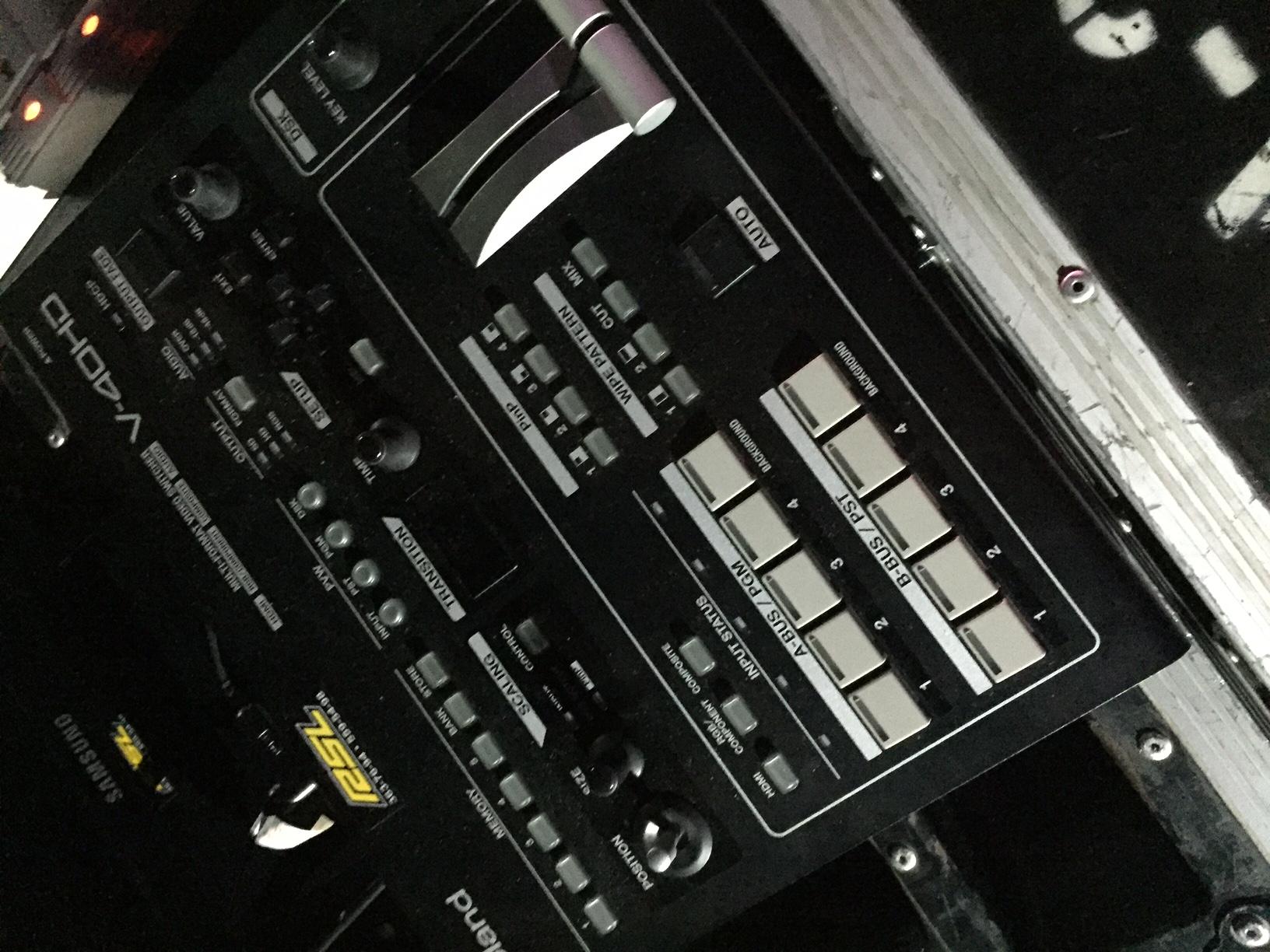 Roland V40 HD