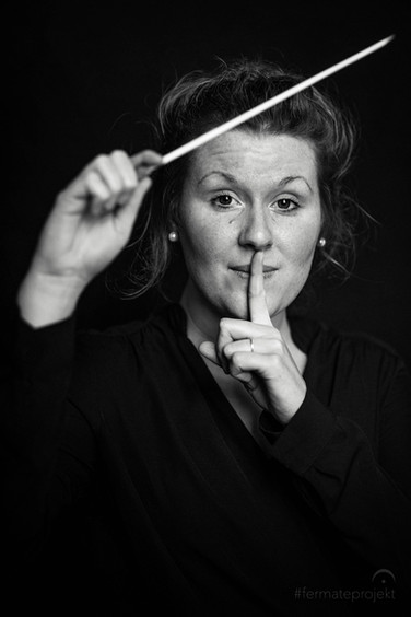 ANNALENA, Dirigentin