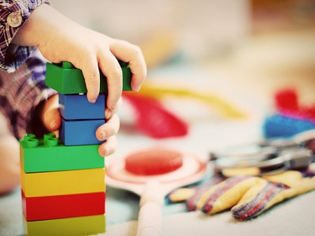 Beneficios De Asistir A Una Escuela Montessori
