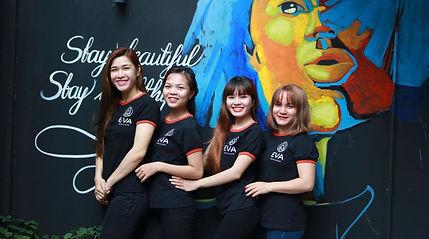 Eva's team