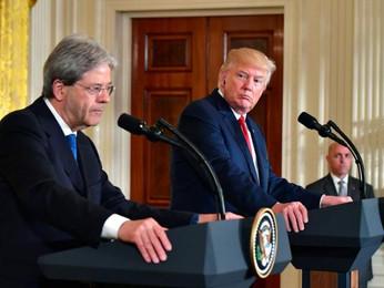 """Trump punge Gentiloni sui finanziamenti alla Nato : """"Devi pagare"""" """"You will pay"""""""