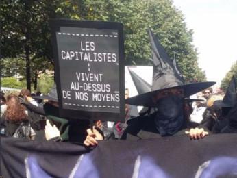 Contro la legge sul lavoro: in Francia le streghe escono dal bosco