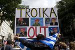 Italia sotto ricatto: debito alle stelle, incombe la Troika