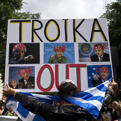 Troika_out