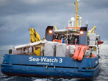 Sea Watch, Otto Schily: «Il mio Paese non dia lezioni di morale all'Italia»