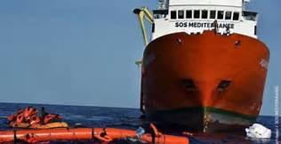 Migranti: l'Italia valuta l'accesso ai nostri porti delle navi delle ONG