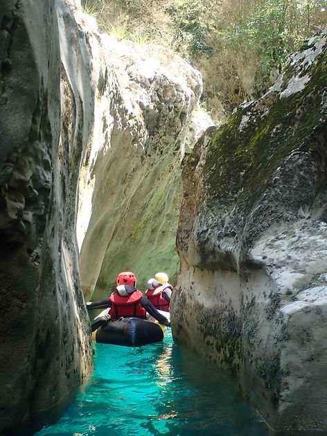 packraft-verdon-canyon-artuby-2.jpg