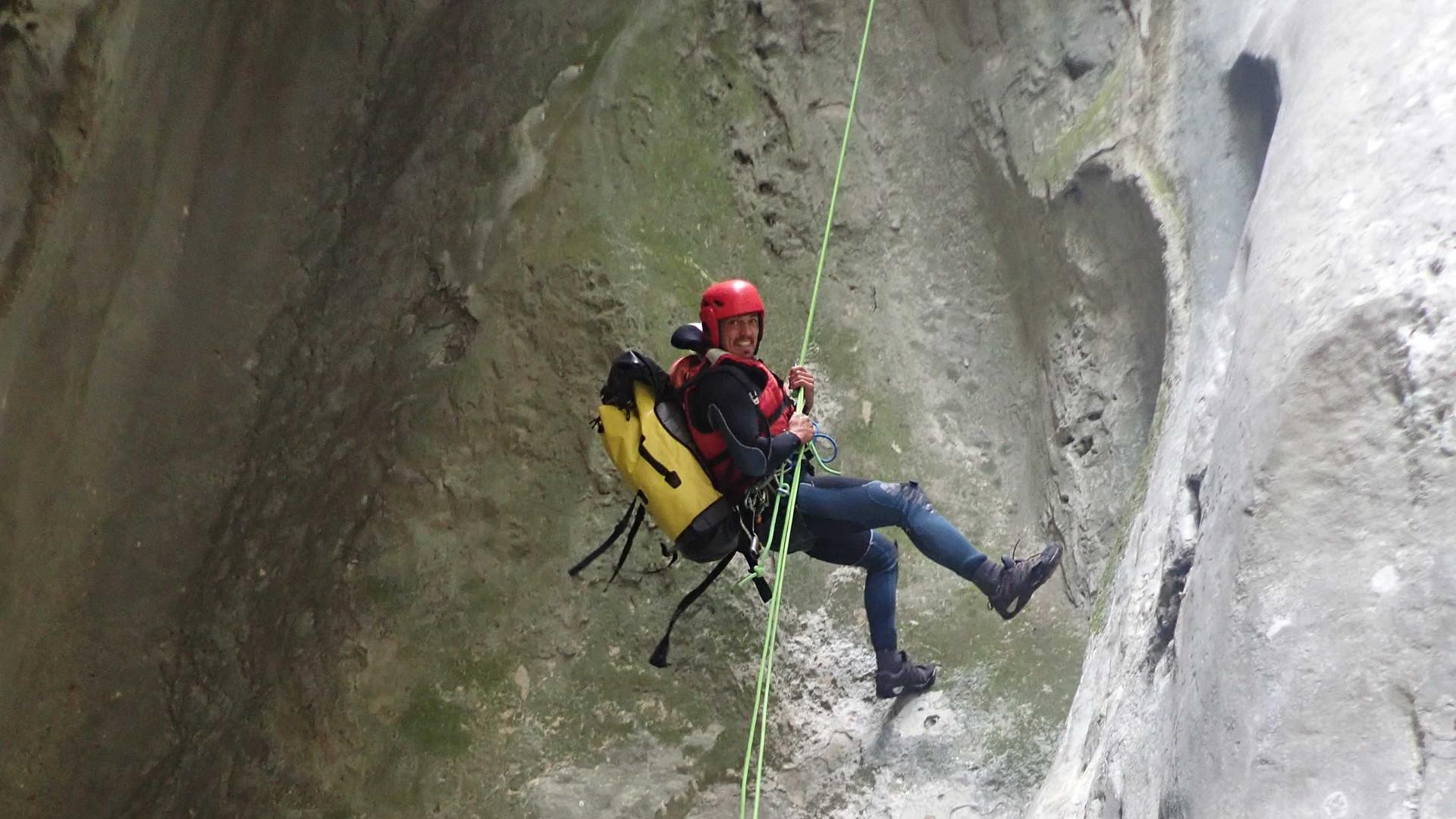 packraft_canyoning_Verdon_rappel