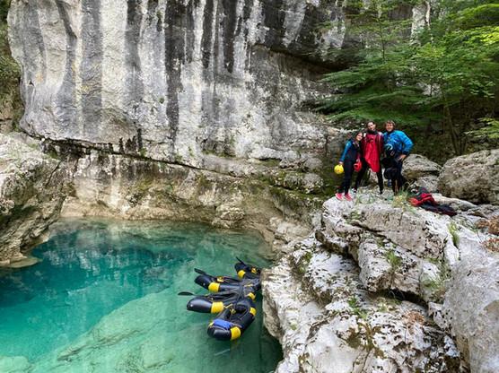 Photo de groupe dans le canyon du verdon