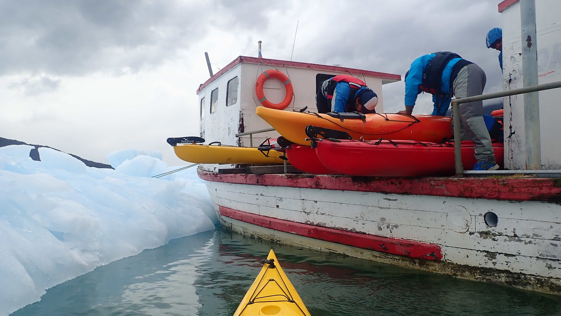 Patagonie_glacier_kayak