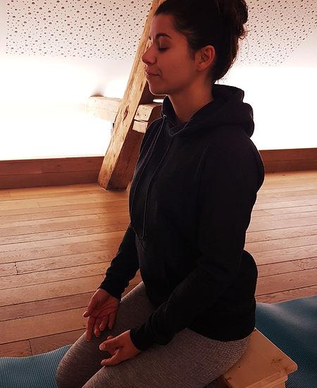 Meditation_Veronique_meditation_adulte.jpg