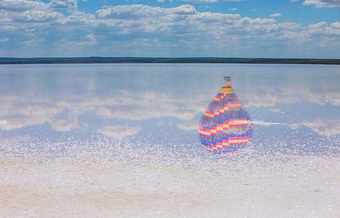 mongolfiera sul mare