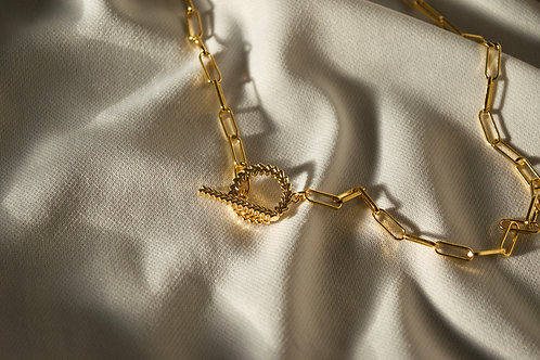 Toggle Clasp Necklace