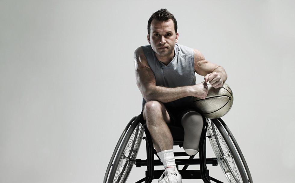 Wheenchairのバスケットボール選手
