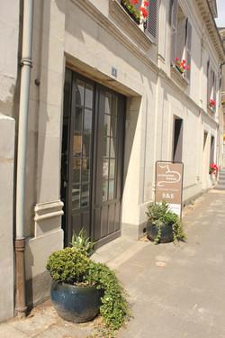 facade&sign