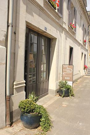 facade&sign.JPG
