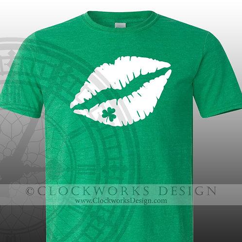 St Patricks Day Shirt. Lips and Shamrock, Kiss Me, Irish, party,shamrock, womens