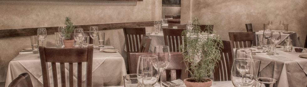 Trattoria da Lepri dining room