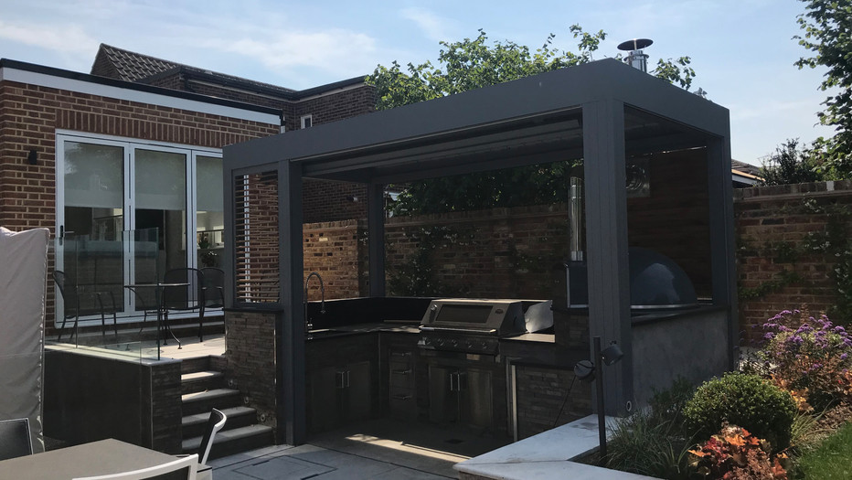 Outdoor kitchen and extension in Teddington