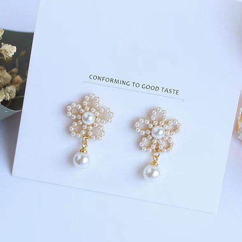 別緻珍珠耳環(925銀針)