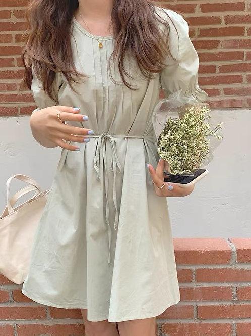 SH924 純色泡泡袖收腰連身裙