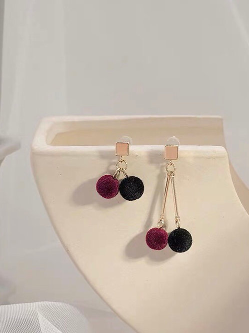 韓風毛球耳環 (925銀針/耳夾)